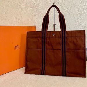 Authentic Hermes Fourre tote in GM